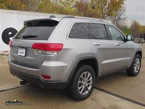 2014 Jeep Grand Cherokee Curt Trailer Hitch Receiver