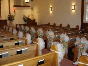 Wedding Pew Decorations with Tulle