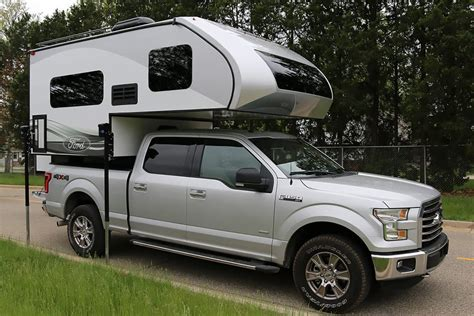 2016 Ford 8.6 And 6.8 Truck Campers