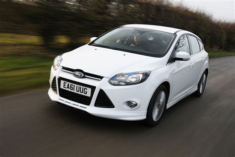 ford focus zetec   ecoboost review group tests