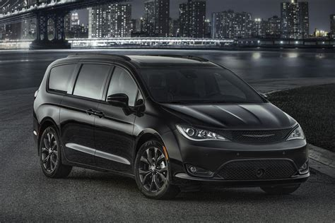 The Chrysler by 2018 Chrysler Pacifica S Package Murders Out The Minivan