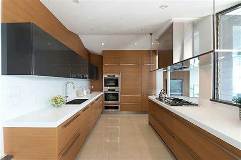 vers blancs cuisine pe vers blanc cuisine plafond divers besoins de cuisine