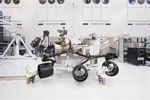 Meet NASA's next Mars rover: Curiosity. It has a plutonium ...