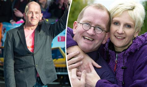 foto de Eddie the Eagle slams claims he's still living in a SHED