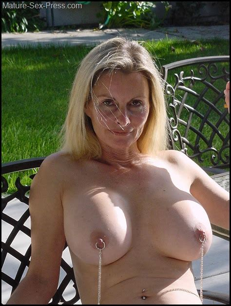 Pierced Nipples Breasted Blonde Milf Naked In The Garden Mature Sex Press