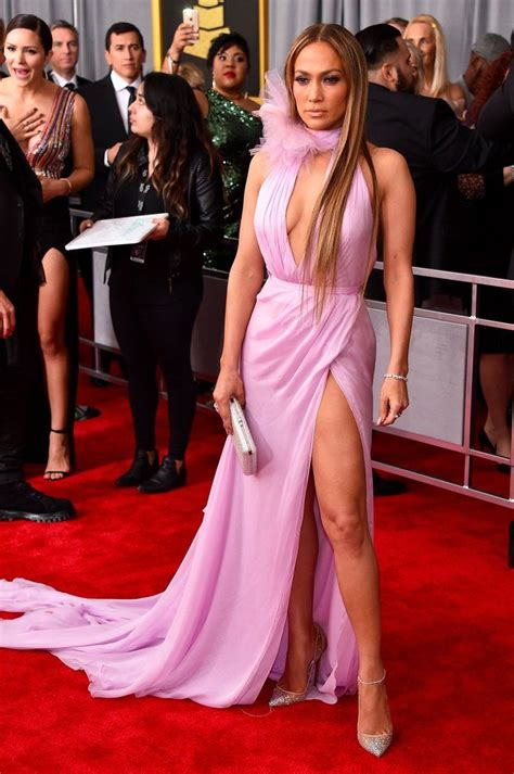 The 15 Sexiest Looks at the Grammys (With images) | Grammy ...