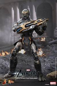 Hot Toys Chitauri Footsoldier Plastic And Plush
