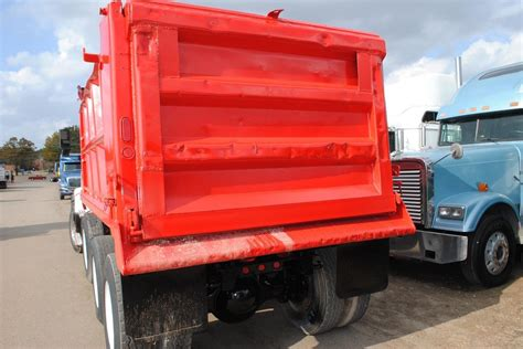 2006 volvo truck 2006 volvo for sale used trucks on buysellsearch