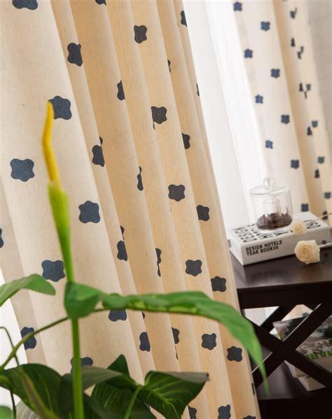cuisiner marron cuisine exposition rideaux salon moderne marron rideaux