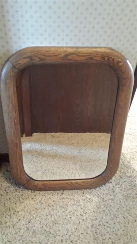 heavy wooden mirror app