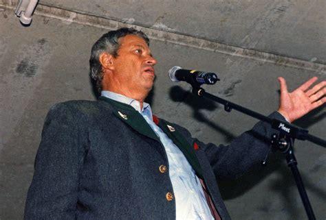 Gerhard Polt In Der Rez Tiefgarage 1998, Legendär ) Rez