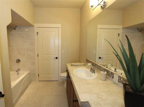 parr lumber bathroom cabinets built by new era homes 20776 horizon ridge pl bend oregon