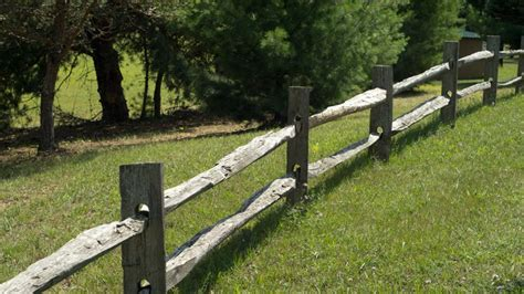 split rail fence photos split rail fence prices rail and split rail fences are one of the most cost effective styles