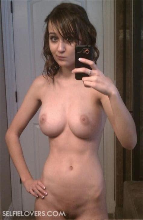 Selfielovers Com Naked Selfies Nude Sexy Teen Selfies
