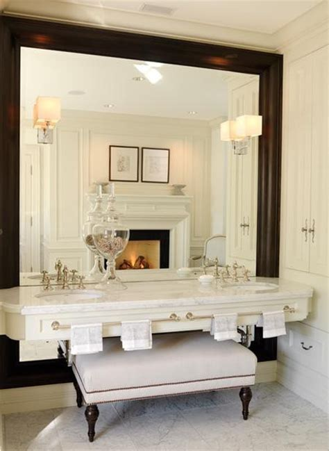 Pros and downsides of shopping for Your Rest room Transforming Provides On the internet Bathroom Oval Mirrors