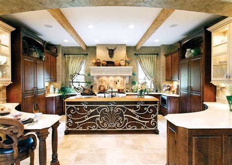 Large Kitchen Designs Ideas Presented in Some Styles