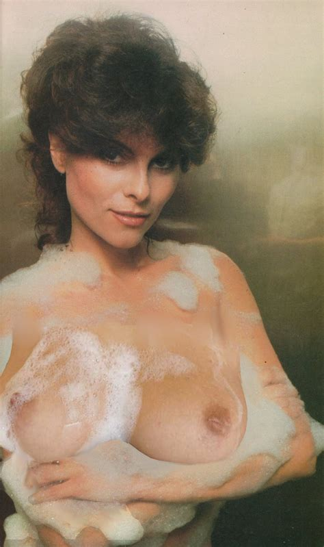 2.jpg in gallery Adrienne Barbeau (Picture 4) uploaded by G739 on ImageFap.com