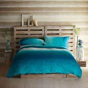 Tete De Lit Bleu : t te de lit en palette dans chambre taupe et bleu ~ Premium-room.com Idées de Décoration