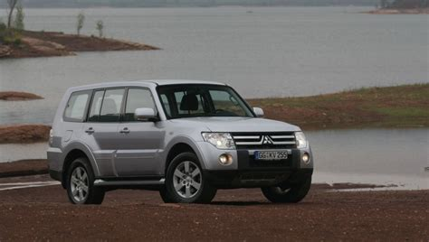 Due to the name pajero roughly translating to wanker in spanish. Mitsubishi Pajero 2006 - reviews, technical data, prices