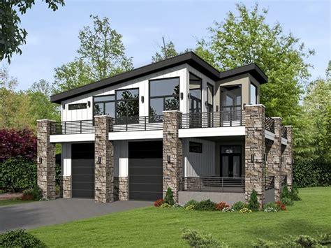 062g 0101 modern 2 car garage plan with apartment