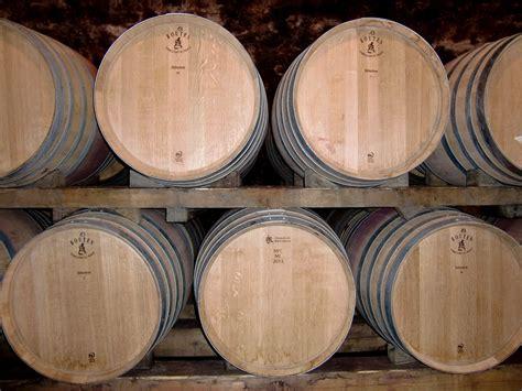 cave tonneaux de vin barils photo gratuite sur pixabay