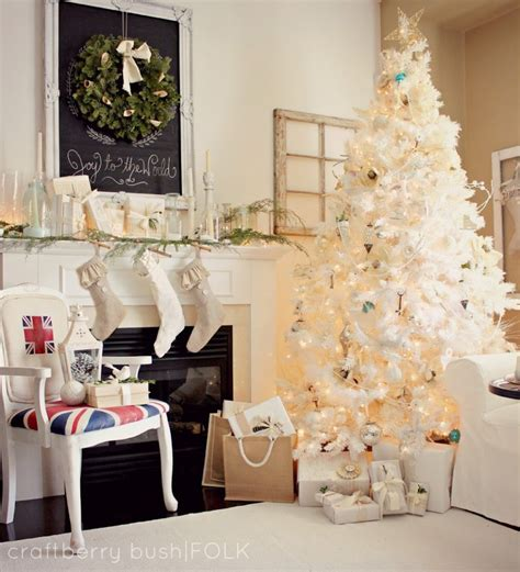 modern christmas decor ideas   style  chic