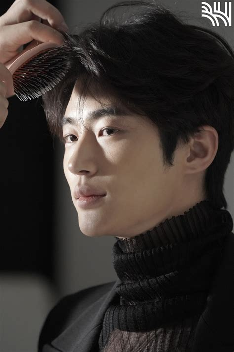 You have 48 hours to run past these 4walls and head on over to the. Byeon Woo Seok is a man of many charms in BTS commercial ...