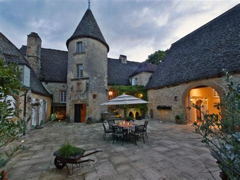 century manor house  france homes   rich