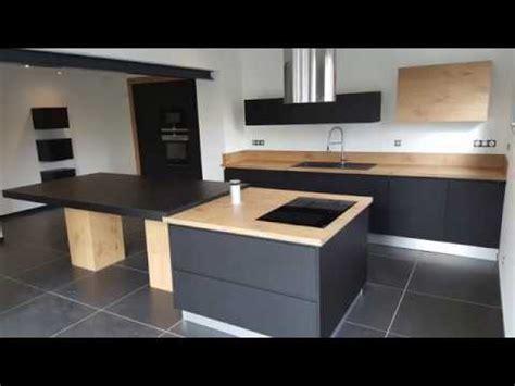 cuisine noir cuisine équipée bois et noir par concept vie habitat