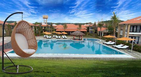 Famiana Beach Resort & Spa  Phu Quoc Island. Grand Palais Excelsior Hotel. RIN Grand Hotel. De Vere Venues Theobalds Park Hotel. New York Hotel. Agate Cove Inn Bed And Breakfast. Hotel Miramare. The Adams Hotel. Anmaria Beach Hotel