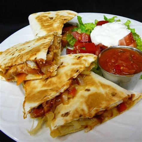 chicken quesadilla recipe barbecue chicken quesadillas recipe all recipes uk