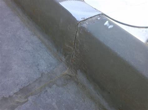 solderen zinken dakgoot dakgoot repareren vergelijk prijzen van specialisten