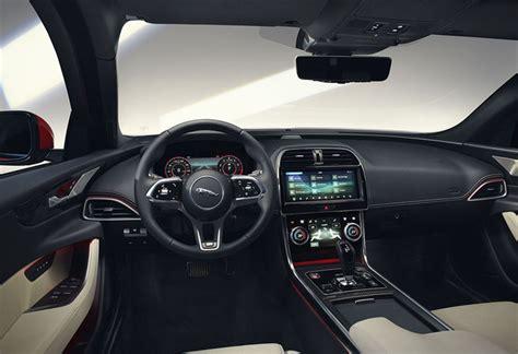 jaguar xe nouvel interieur moniteur automobile