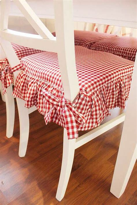 pin  bedding set joy su tessutifabrics sedie bianche