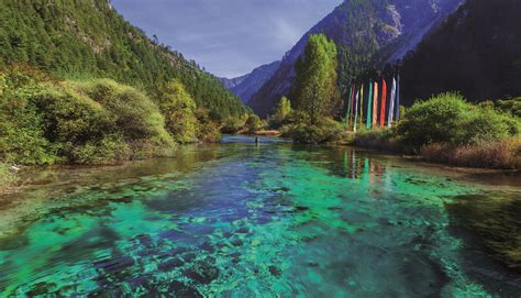 Jiuzhaigou - China's winter wonderland