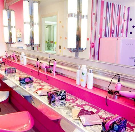 Puppenstuben Hotels Locken Mädchen Mit Barbies Und Rosa