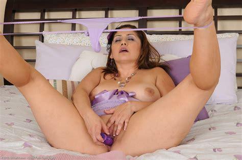 Mature Hot Nude Mom Sexy Hot Nude Nude Women Gallery