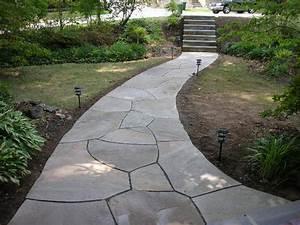 Flagstone Walkway Gallery: Green Acre Sod | Tulsa Sod Farm