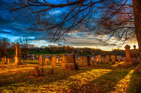 beautifully haunting  jersey cemeteries