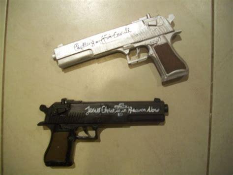 Alucard's Guns By Kittykittykaikai On Deviantart