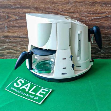 Tyler lizenby/cnet the uncomplicated appliance consists of just two main parts: Buy Online 2-in-1 Coffee Maker, Electric Kettle in Pakistan | Zahrastores.pk
