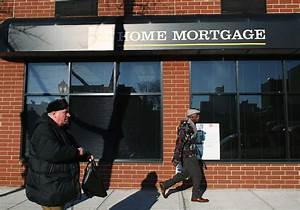 Mortgage rates tumble, breaking with bond market action ...