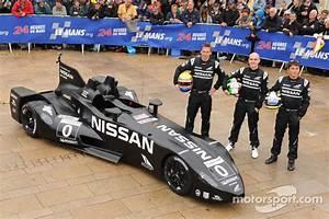 Le Delta Le Mans : nissan deltawing passes more tests before le mans debut ~ Dallasstarsshop.com Idées de Décoration