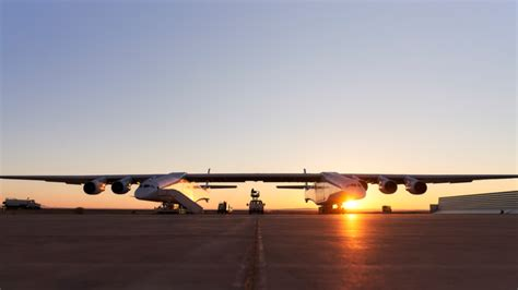 worlds largest airplane  launch   space