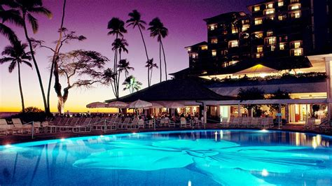glass top dining room top resorts in hawaii stay at hawaii 39 s most luxurious