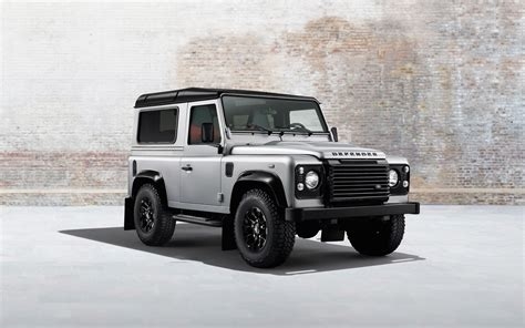 Land Rover Wallpapers by 2014 Land Rover Defender Wallpaper Hd Car Wallpapers