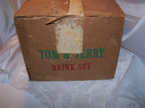 tom  jerry punch bowl mugs milk glass original box