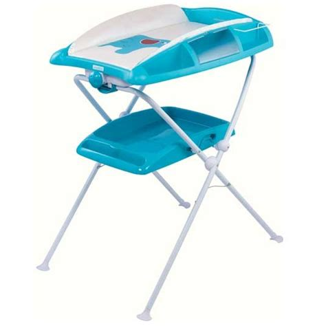 baignoire table a langer bebe confort table rabattable cuisine table a langer sur baignoire bebe confort