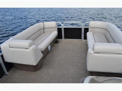 Princecraft Pontoon Boat Seats by Princecraft Pontoon Boat Central Ottawa Inside Greenbelt