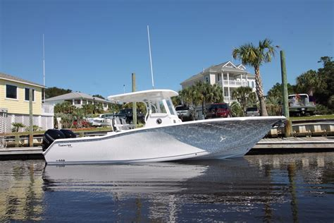 Tidewater Boats Morehead City Nc by 2016 Tidewater 28 Cc Power Boat For Sale Www Yachtworld